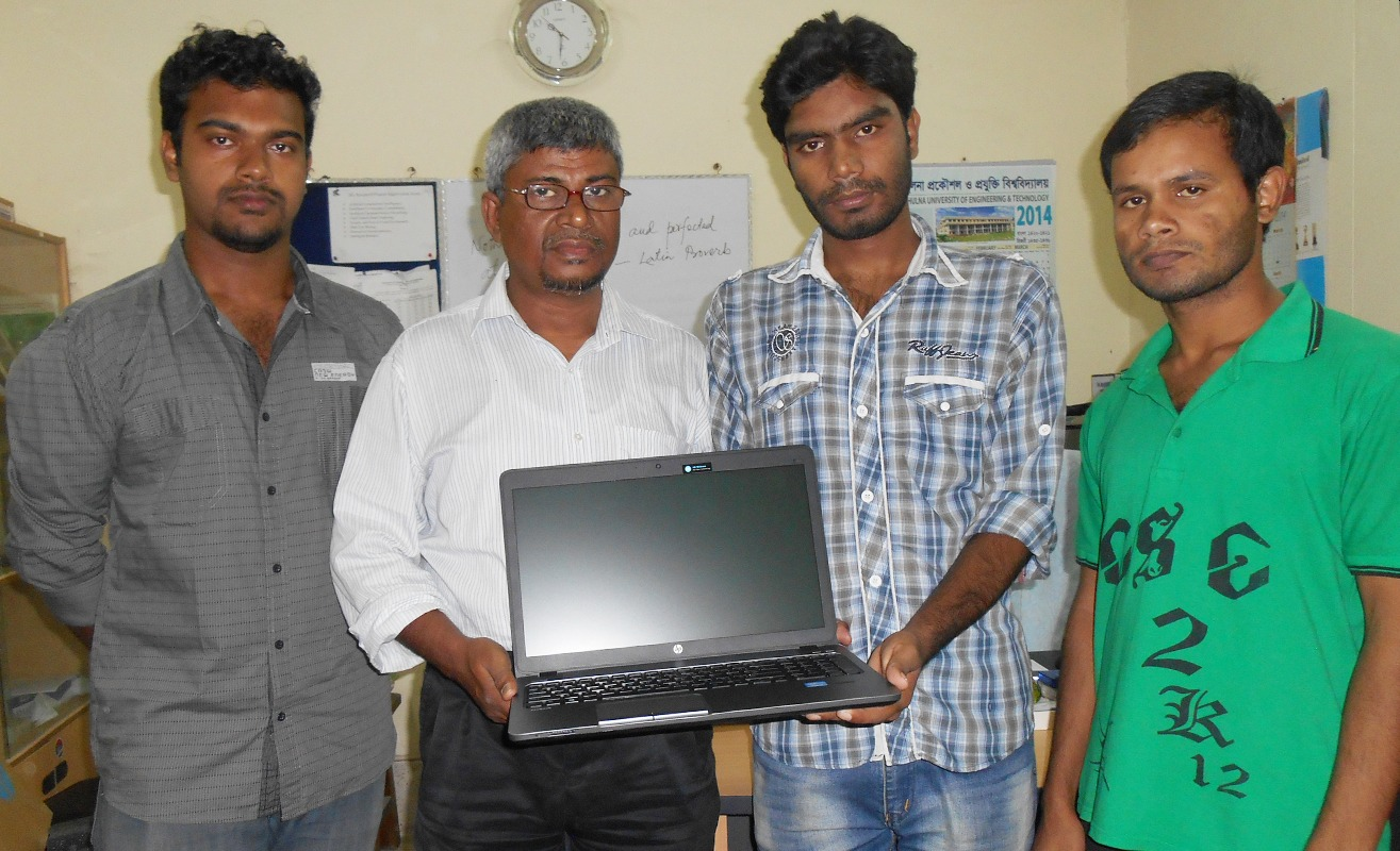 Sagar Hossain receiving a PC (as scholarship) from Nascenia